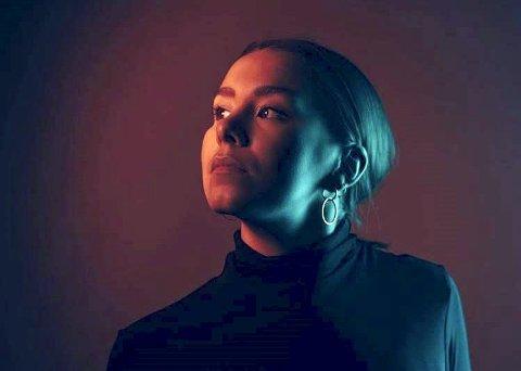 Sara Enger Larsen blir å se i «Flashdance» på Chateau Neuf i Oslo.