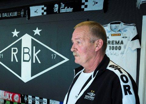 ANMELDER: Terje Toftesund, leder i Rosenborgs supporterklubb i Ytre Namdal, skal anmelde hærverket som har foregått rundt om på Kolvereid.