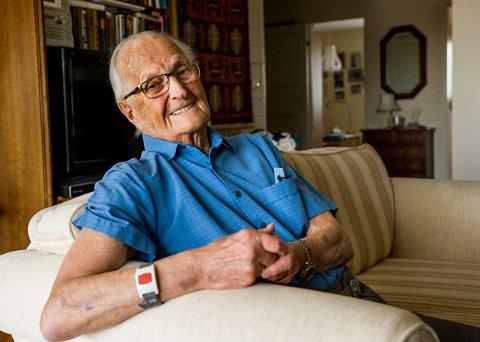 100 år: Nils Thorstensen, født 8. mai 1918. Fortsatt en staselig kar.