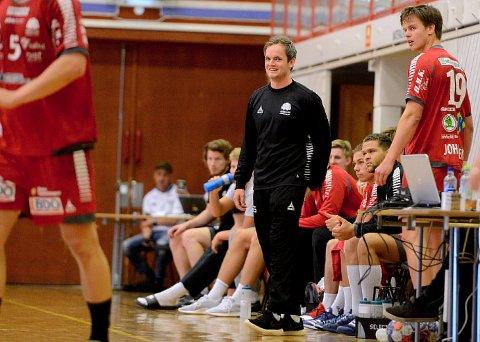 NY SJEF: Haslums nye trener, Sten Stockfleth, ledet sine menn til seier mot Elverum i den siste kampen i Santa Kristina Cup.