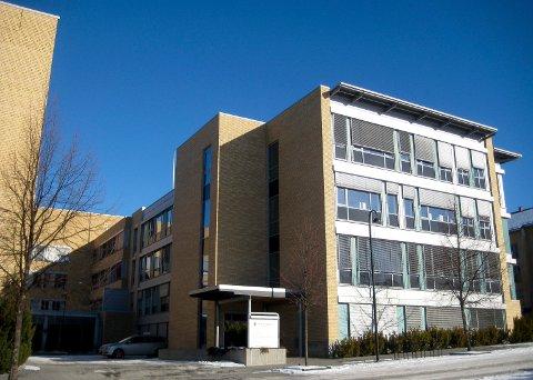 HOVEDKONTORET: Her i Statens Hus i Hamar ligger hovedkontoret til det regionale helseforetaket Helse Sør-Øst. (Foto: Bjørn-Frode Løvlund)