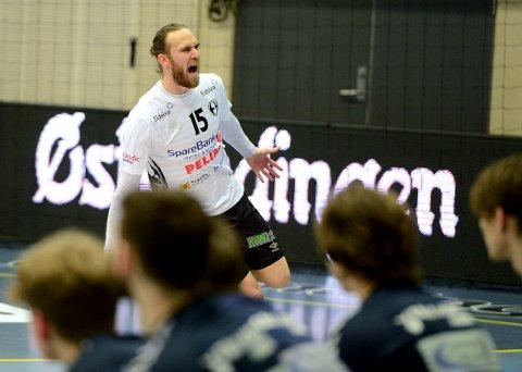 GOD: André Lindboe leverte en god kamp mot Falk Horten.