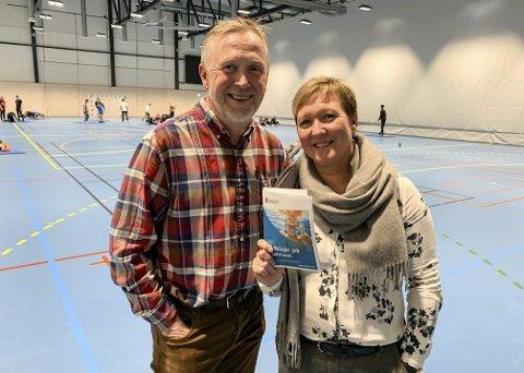 INFORMASJON: Mariann Eriksen og Espen Raastad.