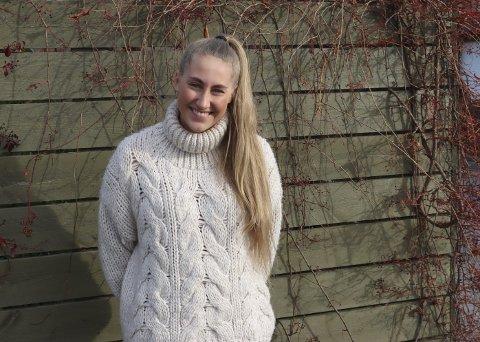 SPENNENDE: Oda Arnesen er tilbake og spiller fotball i Grenland igjen, etter et kort opphold i 1. divisjonsklubben Nanset i Larvik. Oda har signert for Stathelle i 2. divisjon. Hun sier at hun allerede stortrives på treninger og med klubben i det store og hele.