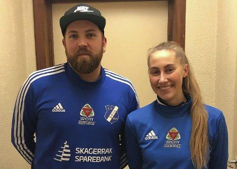 Mats Usterud har tatt imot tretten nye spillere til Stathelles damelag. Her med Oda Arnesen, som ble signert fra Nanset.
