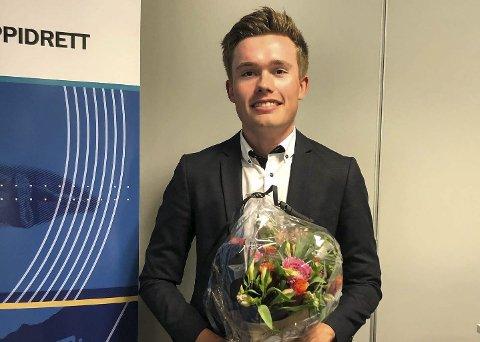 Pris: Dennis Gråsvold fikk pris som årets avgangselev ved TTG. Foto: Privat
