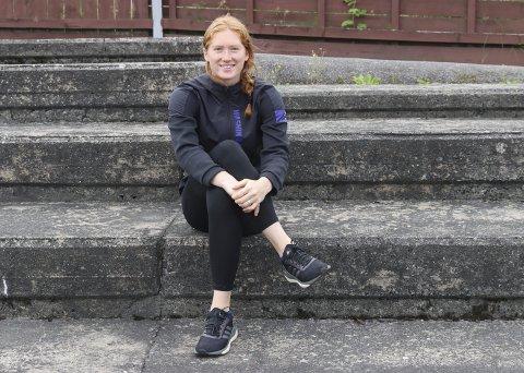 OPPTRENING: Ida Eikeng har brukt koronaperioden til å trene seg opp etter skaden hun pådro seg i mars. Tråkket over da hun landet feil under et lengdehopp. Foto: Trym Isaksen