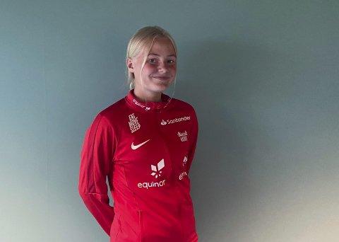 FOR FØRSTE GANG: Hannah Aurbekkholen (16) fra Hei har vært på sin første landslagssamling. Hun lærte veldig mye, og har fått mye å jobbe med framover.