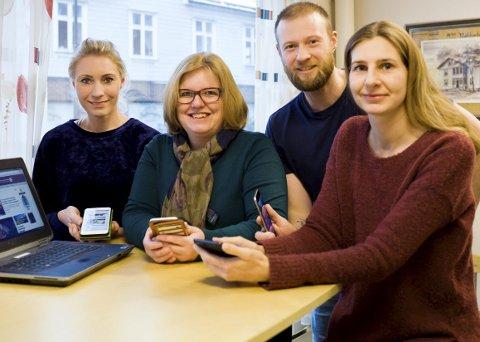 Redaksjonen: Marita Lundsrud Berg, Elin Marie Rud, Mats Duan-Hansen og Beate Sloreby tråkker til for leserne av Rakkestad Avis. Foto: Bodil Løken