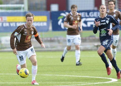 ÅRETS SPILLER: Kim André Råde fikk flest poeng på spillerbørsen i 3. divisjon i år, og ble årets spiller i Rana Blad. Nå håper han på spill i ny klubb fra neste år. Han mener prosjektet som er lagt fram er en sjanse man ikke kan si nei til.Foto: Gøran O. Pedersen