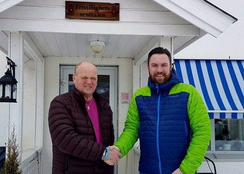 Rune Stenslette og Morten Heggelund ved Frivilligsentralen i Hole ser fram til å starte gågruppe 11. april.