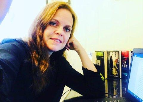 FORFATTER: Ellen Gustavsen Simensen er forfatter ved siden av å jobbe som karriereveileder.