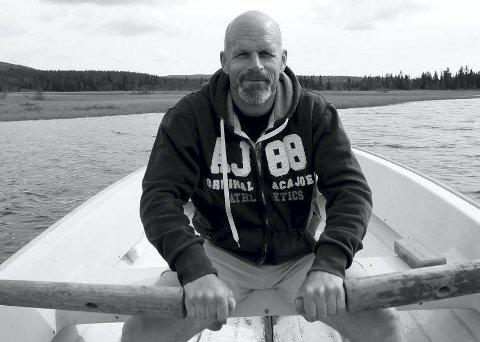 Forteller: Bjørn Heidenstrøm i Sætre rådhus.