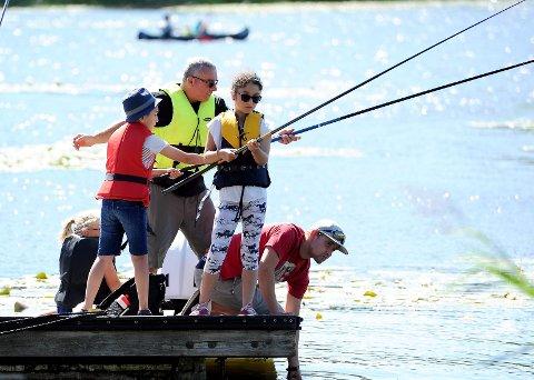 FISKESOMMER: Sandefjord jeger og fisk arrangerer familiedag på Goksjø søndag 4. august mellom 12-15.