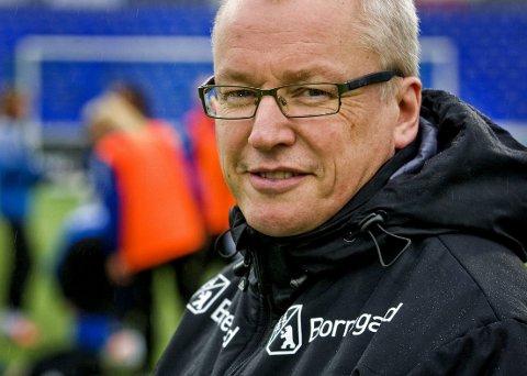 VILJE: Ivar Henriksen føler at damelaget til S08 har stått litt på utsiden av resten av Sarpsborg 08. Foto: Johnny Helgesen
