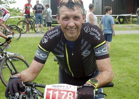 SYKKELVANT: Per Øyvind Alvim er vant til å delta i diverse sykkelritt og konkurranser. Her er han etter målgang i Skiptvetrittet tidligere i år.