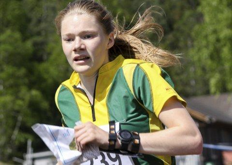 Får pris: Aurora Gjølsjø (19), bosatt på Ringvoll, er tildelt Ungdommens kulturpris i Hobøl. Begrunnelsen er at hun er en habil orienteringsløper. I helgen tok hun blant annet en sterk femteplass under sprint-NM.