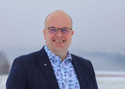 TEK ATTVAL: Sigurd Reksnes tek attval som fylkesleiar i Senterpartiet og er motivert for å stå på for Sogn og Fjordane.