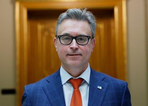 GLAD: – Jeg er glad for den store interessen som nå er vist for å utvikle nye, bedre og mer klimavennlige fôrråvarer basert på lokale ressurser, sier fiskeri- og sjømatminister Odd Emil Ingebrigtsen.
