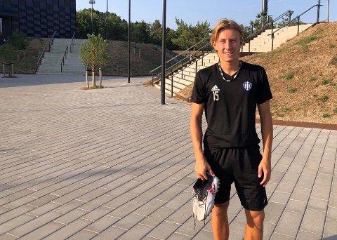 SUPERSPEED NORDOVER: Marius Brinck Rygel spilte en halv sesong i Hellerup i Danmark. Nå tar han turen hjem igjen til FK Tønsberg.