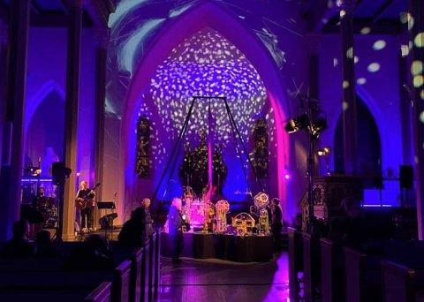 HISTORISK VANDRING: Enden på Saganatt ble avholdt i Tønsberg domkirken, der nåtid og fremtiden var temaet.