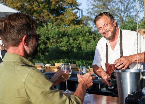 STOR PÅGANG: Signalen Sjøbad er i disse dager ekstra populært for Oslofolk. Restauranteier Dag Tjersland sier de får flere gode tilbakemeldinger.