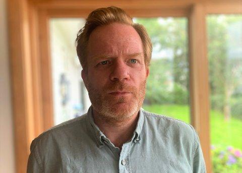 Andreas Cappelen (48) på Nesodden fikk en noe spesiell melding fra kompisen sin. - Han spurte om jeg levde eller ikke, forteller han.