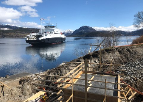 ØKER FARTEN: MF «Stangvikfjord» setter opp farten og reduserer overfarten mellom Rykkjem og Kvanne med tre minutter, fra 18 til 15.
