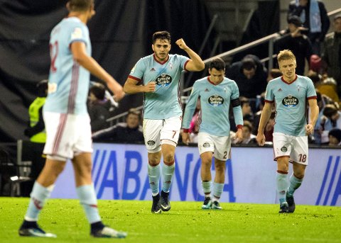 RC Celta's Maxi Gomez celebrates after scoring the second goal against Celta during a Spanish La Liga soccer match between RC Celta and Real Madrid at the Balaidos stadium in Vigo, Spain, Sunday, Jan. 7, 2018. (AP Photo/Lalo R. Villar)