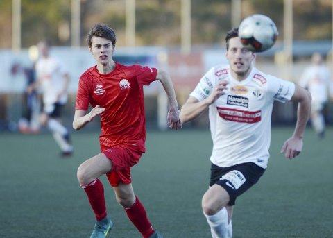 Krig: NBK og Vegard Steine (t.v.) møter «nye Radøy».foto: hordalandsfotball