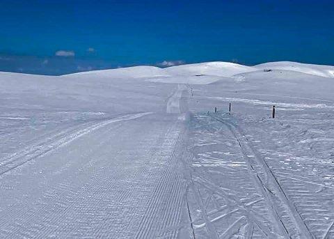 MYE SNØ: Det er fortsatt mye snø i fjellet. Dette bildet er fra da Norefjell Turforening kjørte skiløyper til Høgevarde 2. mai.
