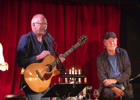 NY SINGEL: Lars Martin Myhre og Ingvar Hovland markerer at det er 20 år siden de begynte sitt låtskriversamarbeid.
