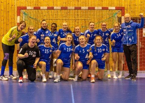 BLIR: Florø SK Handball vil framleis ha lag i 3. divisjon neste år. Det vil også herrane etter at sesongen vart avslutta i samband med Korona-pandemien.