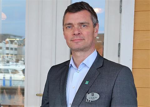 SPAREBLUSS: - Vi har ein minimumsbemanning, men vi held ope enn så lenge, seier hotelldirektør på Quality Hotel Florø, Jonas Alander