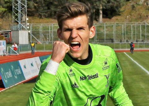 KLAR FOR ÅSANE: Mark Jensen var til tider strålande i Florø-målet i fjorårssesongen. No søker han lykka i Åsane.