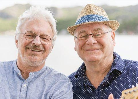 OLSEN AND HOPLAND: Dei to kameratane som trefte kvarandre på lærarskulen for over 40 år sidan, struttar framleis av energi. No er dei ute med albumet vi fekk ein bit av i fjor.