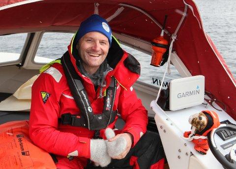 EVENTYRAR: Tom Inge Karlsen venter på betre ver, før ferda går nordover til Bodø.
