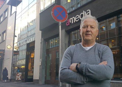 KRISESTEMNING: Direktør for distribusjon i Amedia Arne Sletholt fortel om krisestemning i mange aviser.