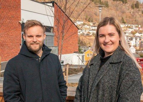 LEIARAR: Ola Weel Skram er tilsett som ny redaktør i nettavisa Porten.no, medan Kristine Haglund er tilsett som dagleg leiar og kommersiell leiar.
