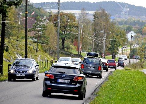 Usikkert hvor stor økningen er: Politikerne ønsker å få nye trafikktall for strekningen fra Christianslund til Solli. Mange velger denne veien til Kalnes-sykehuset. Arkivfoto: Geir A. Carlsson