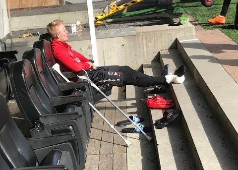 VONDT: Joona Veteli måtte avslutte onsdagens trening på sidelinjen. Foto: Vidar Henriksen