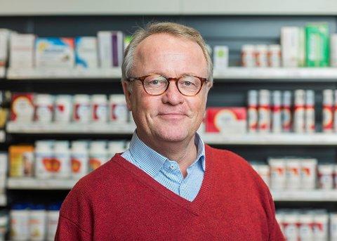 BORTKASTET: Oddbjørn Tysnes i Apotekforeningen mener vi bruker 160 millioner kroner mer for medisinene våre enn vi trenger.