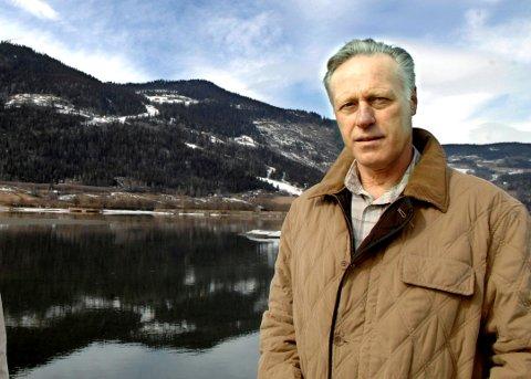 Tom Hagen gikk inn som investor i Kvitfjell Alpinanlegg allerede i 1993. Fortsatt eier han Kvitfjell hotell, store utbyggingsområder og har sin private hytte på baksida på Fåvang.