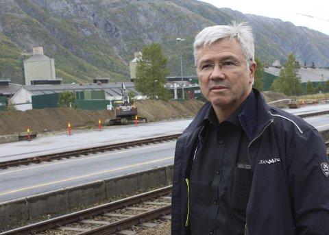 Klar: Banesjef Bjørn Sørum på Nordlandsbanen sør planlegger for å sette opp viltgjerde. Arkivfoto: Jon Steinar Linga