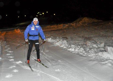 Finn Hågen Krogh testet mandag ut skiløypa i Kaiskuru.