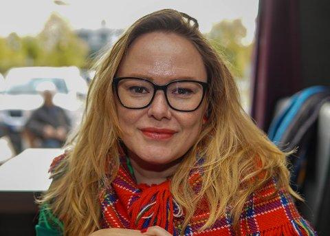 LIVET SMILER: Trine Lise Olsen har fått både mann, stebarn, hus og nytt show de siste årene.