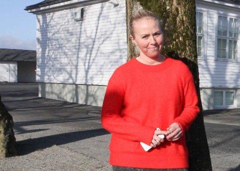 ENGASJERT: Tone Steinsland er Hognestad skule sin representant i kommunalt FAU i Time. Eit møte torsdag blei ei ubehageleg påminning om skulen framleis er i spel.