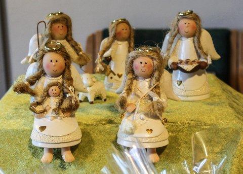 ENGLER: Disse vakre englene er laget av beboere på Norlandia Orkerød sykehjem.