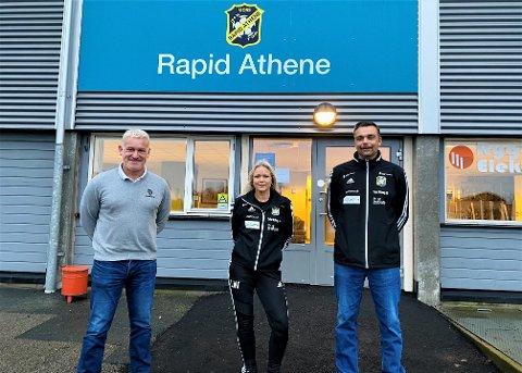 HÅPER PÅ FRUKTBART SAMARBEID: Sarpsborg 08s Erland Johnsen (f.v.), Linda Wensell og Clas-André Guttulsrød fra Rapid Athene.
