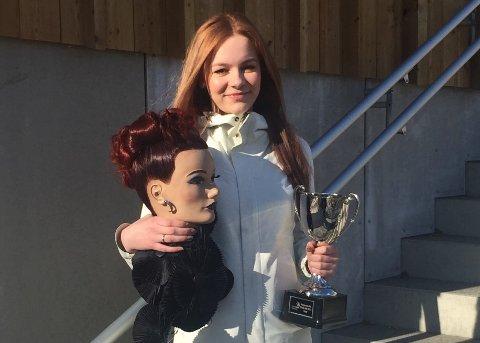 NORGESMESTER: Johanne Stenersen (16) vant NM i frisørfaget for yrkesfaglige elever.
